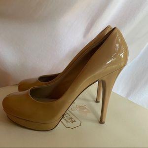 Arturo Chiang   Nude Pump Heels   9.5
